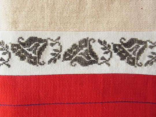 トランシルバニアの織物と刺繍のピロケースW43×40cm ge-224