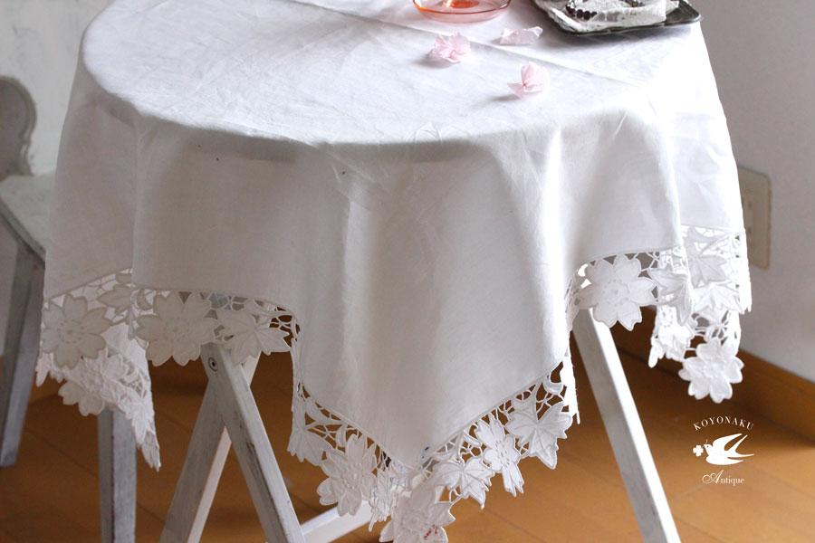 アンティークカットワークお花モチーフの麻のテーブルクロス100×95cm ge-728