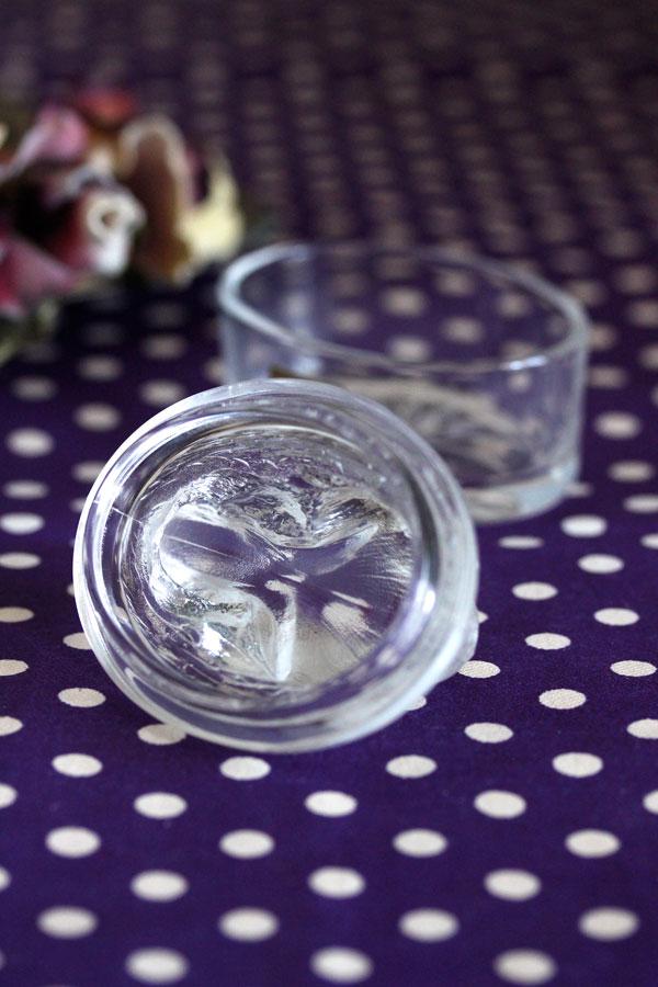 うさぎのクリスタルガラストリンケットボックスluminarc社