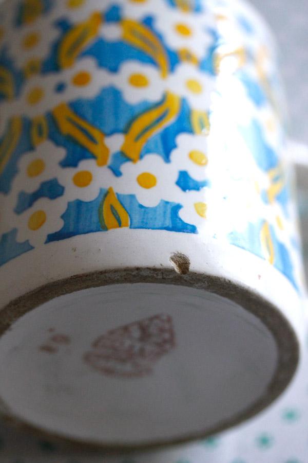 アンティーク花柄のステンシルプリントのグラニトのマグカップ1930年代  gc-716