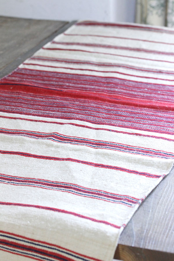 トランシルバニアの赤のストライブ手織りリネン190×45cm gli-0272