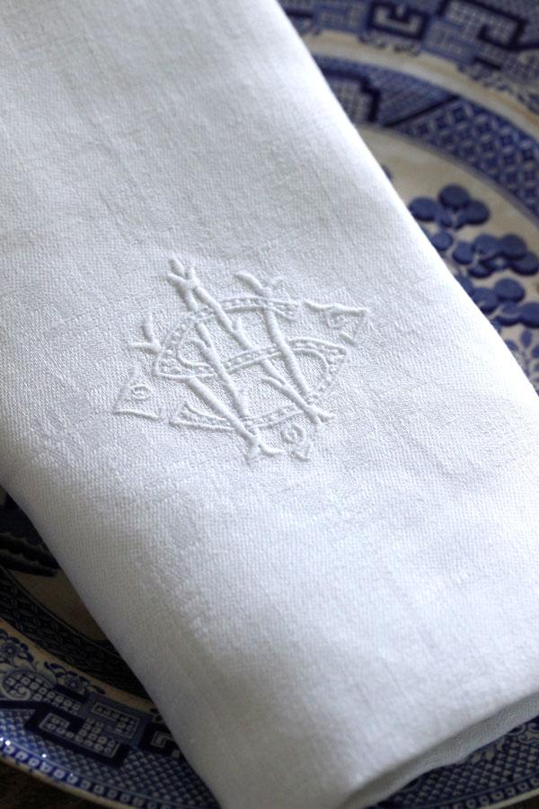 アンティークダマスク織モノグラム刺繍ナプキンSW gli-0275