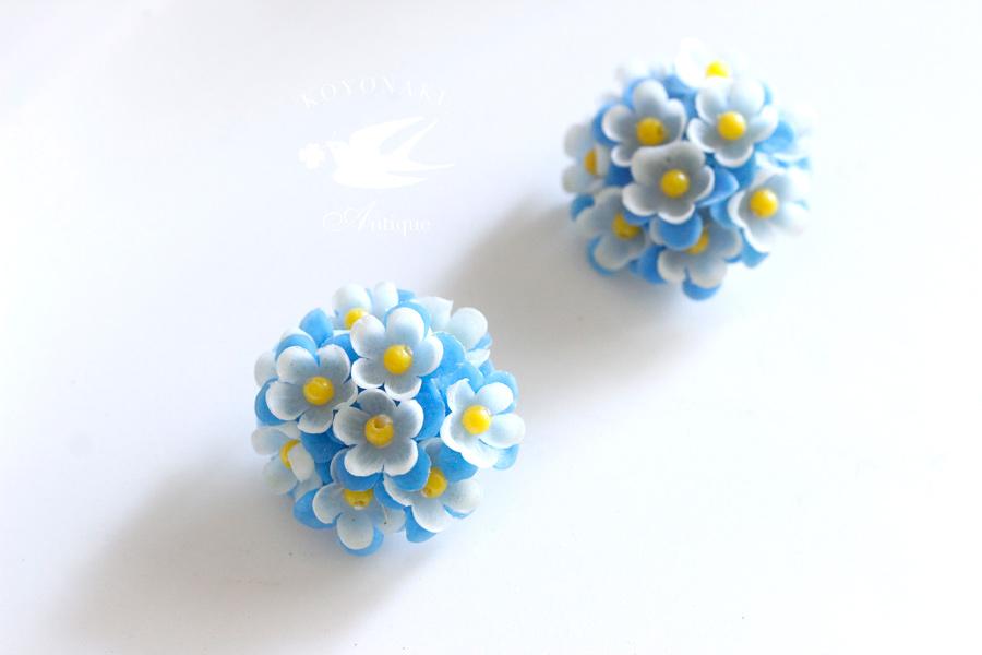 ヴィンテージプラスティックお花のイヤリング ga-723