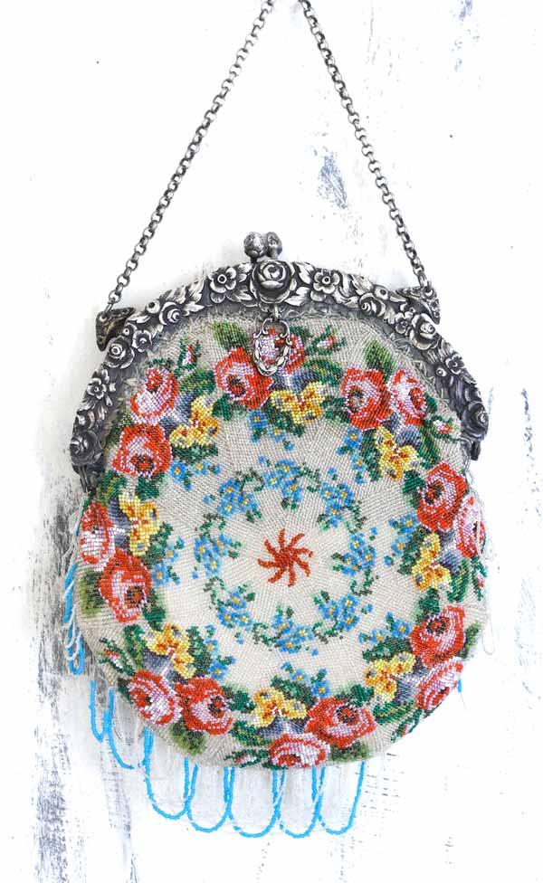 アンティーク極小ビーズ編の薔薇のバッグ 1910-20年代 gb-280