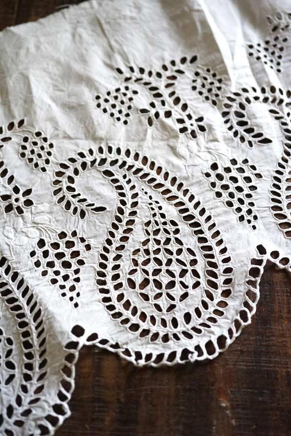 アンティークペーズリーアイレット刺繍のパーツ100×30cm gla-0997