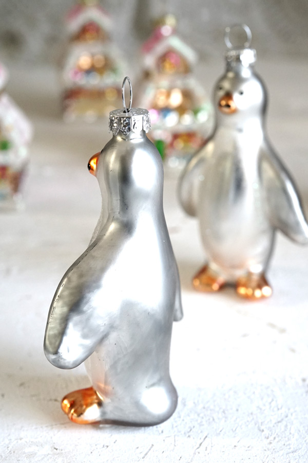 リバティのクリスマスガラスオーナメントシルバーペンギンH9.5cm gx-369