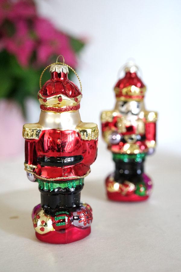 ドイツのクリスマスガラスオーナメントくるみ割り人形H11.4cm gx-408