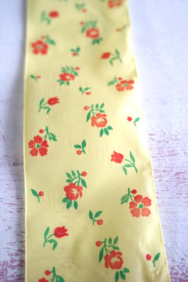 ヴィンテ—ジ黄色にオレンジのお花のレーヨンリボンW6.7×100cm gs-1238